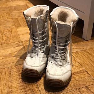 EUC Ugg winter boots